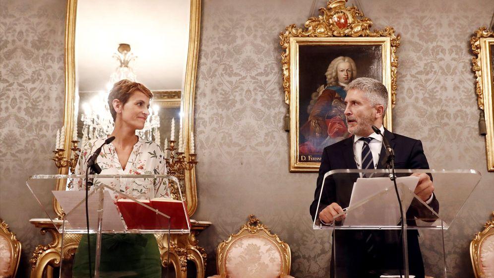 Foto: Marlaska, el pasado septiembre, con la presidenta navarra, María Chivite, en la comunidad foral, donde negó que la Guardia Civil saldría de Navarra. (EFE)