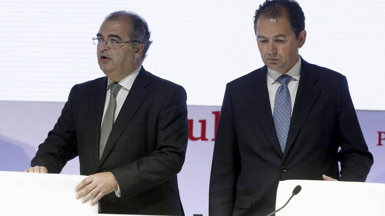 El BCE cuestiona los bonus de 23 M del Popular para Ángel Ron y Francisco Gómez