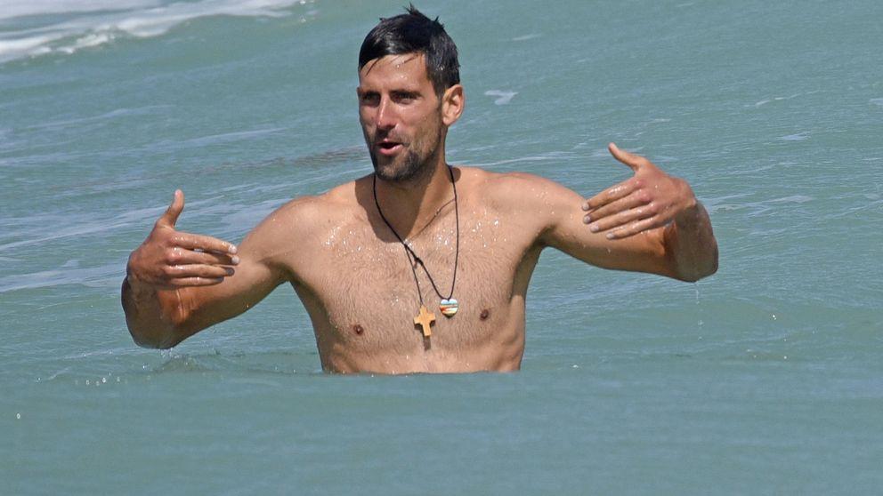 Djokovic, entre trabajo y ocio, así le hemos 'cazado' en Marbella