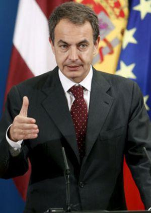 """Zapatero espera una """"gran sentencia"""" sobre el Estatuto de Cataluña por el que """"voté a favor"""""""