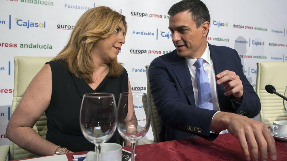 Foto: Susana Díaz y Pedro Sánchez, en un desayuno informativo en Sevilla en junio de 20016. (EFE)