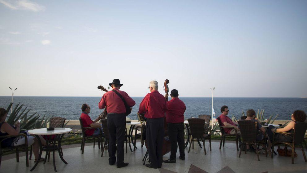 El turismo 'imposible': cubanos en los hoteles de lujo... de su país