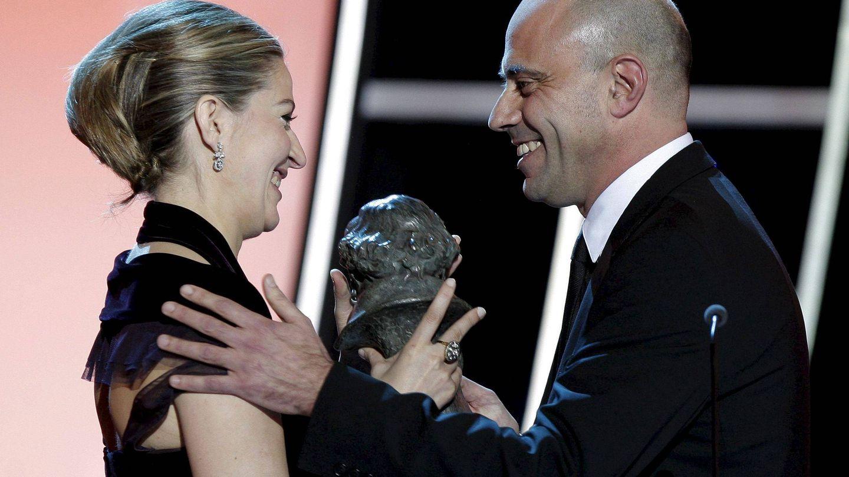 Emma Lustres recibe el Goya a la Mejor película por Celda 211