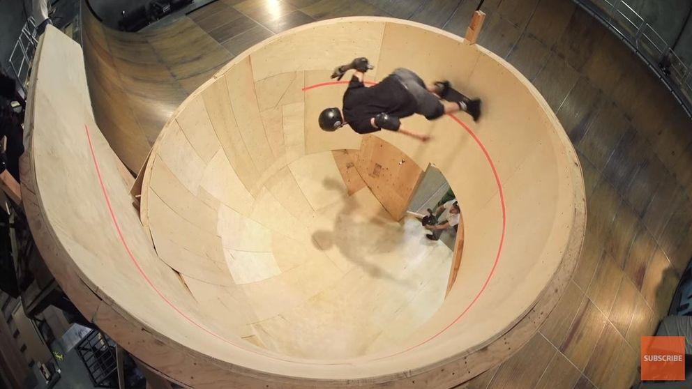 Un 'skater' de 47 años consigue el primer 'looping' horizontal de la historia