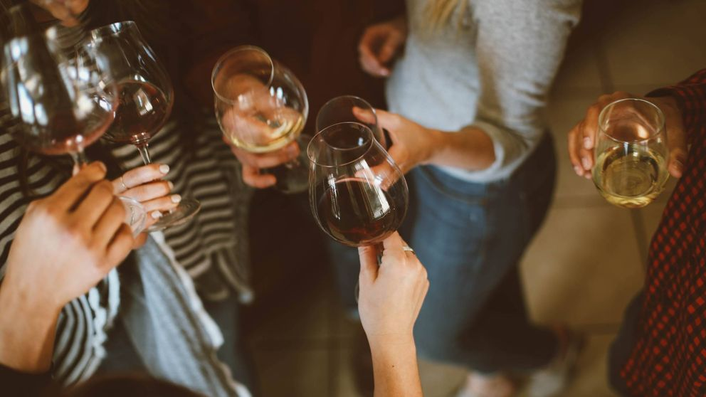 El alcohol mata a 3 millones de personas al año y no es bueno tomar ni una copa