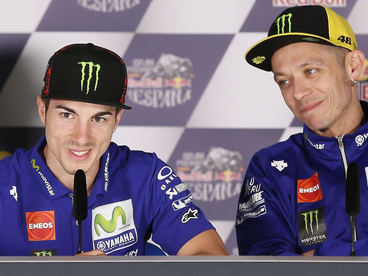 Foto: Los pilotos Maverick Viñales y Valentino Rossi de Yamaha. (EFE)