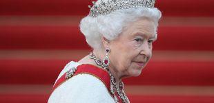 Post de Este es el bolso que la reina Isabel II lleva usando desde hace 50 años