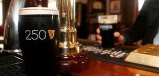 Post de Cerveza Guinness gratis y 22 euros por hora: la oferta de empleo que arrasa en Dublín