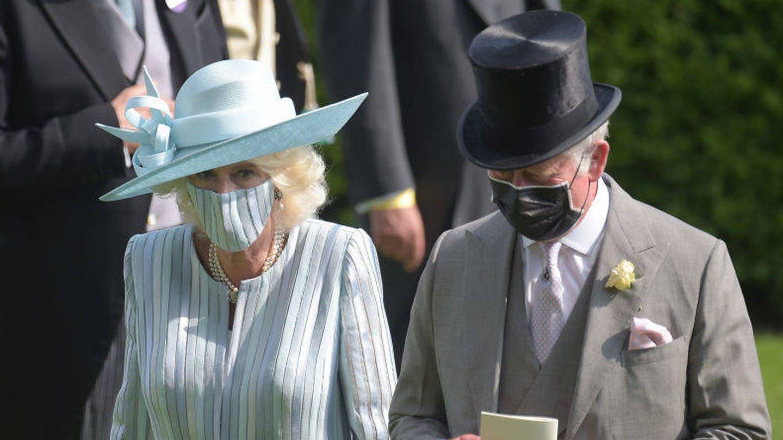 El príncipe Carlos y Camila Parker Bowles el primer día de Ascot. Reuters.