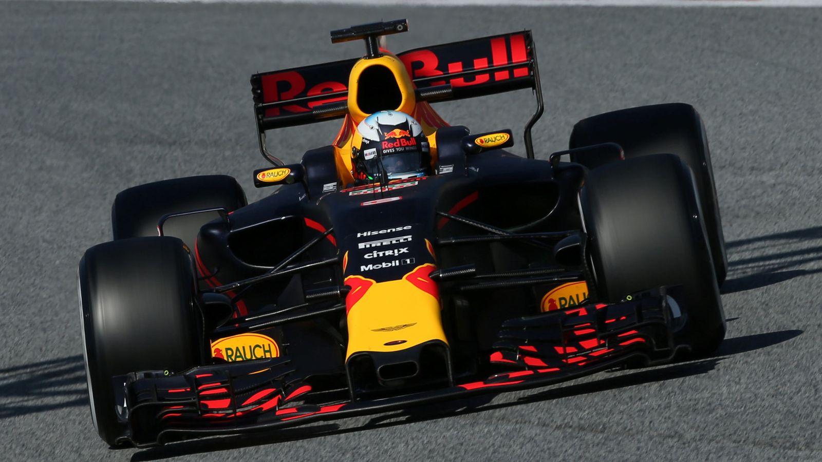 Foto: Daniel Ricciardo en acción durante esta pretemporada. (Reuters)