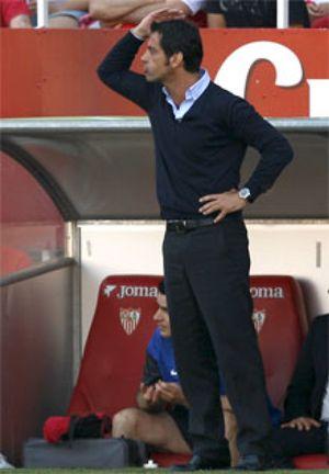 Quique duda entre el Sevilla y 'su' Atlético