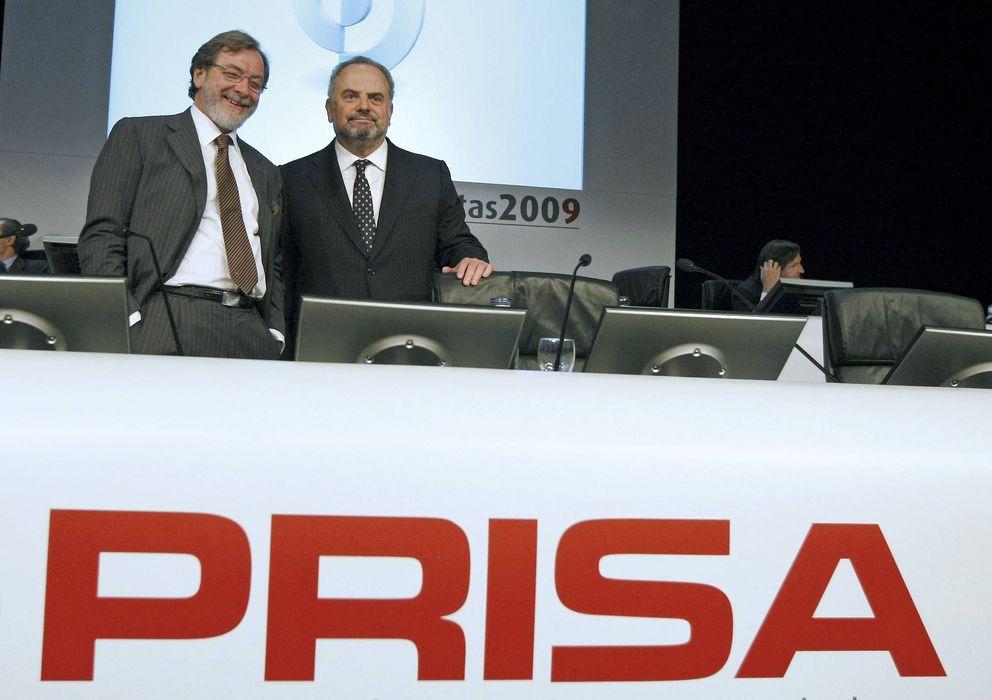 Foto: El presidente de honor del grupo Prisa, Ignacio Polanco (d), y el presidente ejecutivo, Juan Luis Cebrián. (EFE)