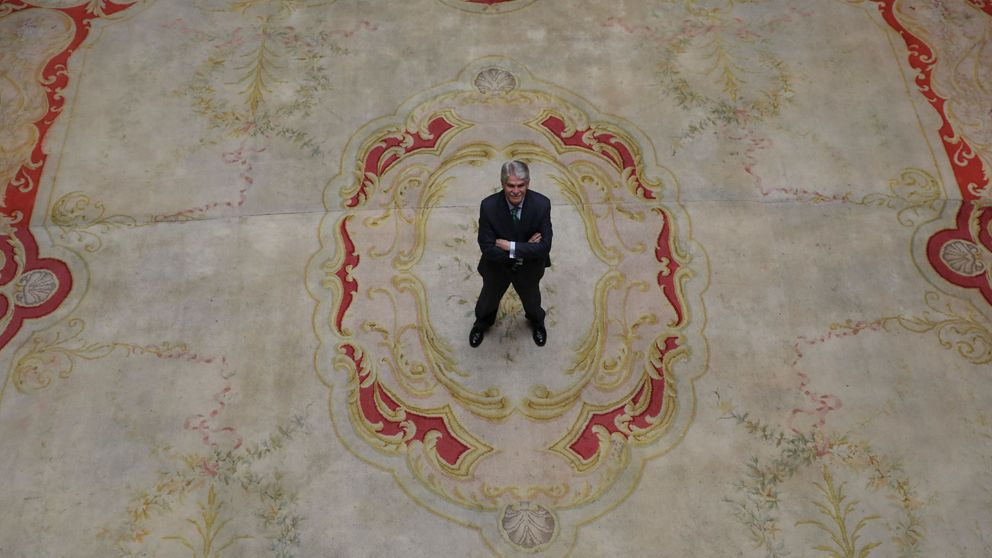 El Gobierno moviliza a los embajadores en la UE para la entrega de Puigdemont