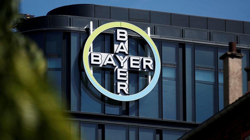 Resultado de imagen de Querella colectiva Bayer ofrece 7.000M a los afectados por el herbicida de Monsanto que provoca cáncer