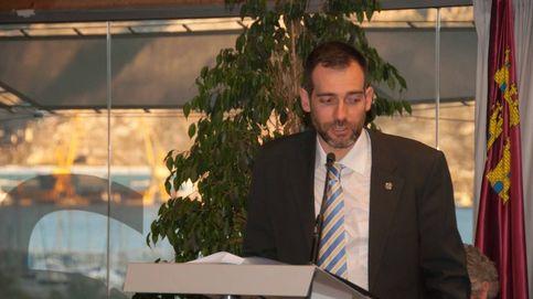 El portavoz de Vox en Murcia llama p*** y tiparraca a la ministra Delgado