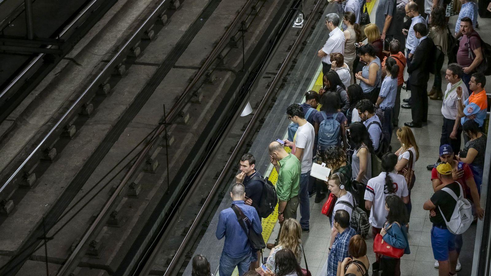 Metro Madrid Caos En Metro De Madrid Interrumpida La Línea 1 Dos
