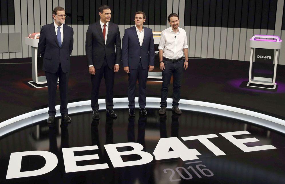 Foto: Mariano Rajoy, Pedro Sánchez, Albert Rivera y Pablo Iglesias, el 13 de junio de 2016 en el debate a cuatro organizado por la Academia de Televisión. (EFE)