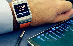 Probamos el Galaxy Gear, el reloj -poco- inteligente de Samsung