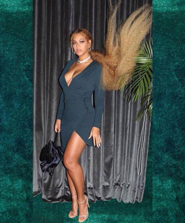 Foto: Beyoncé con su comentado modelito en la boda de Serena Williams. (Instagram)