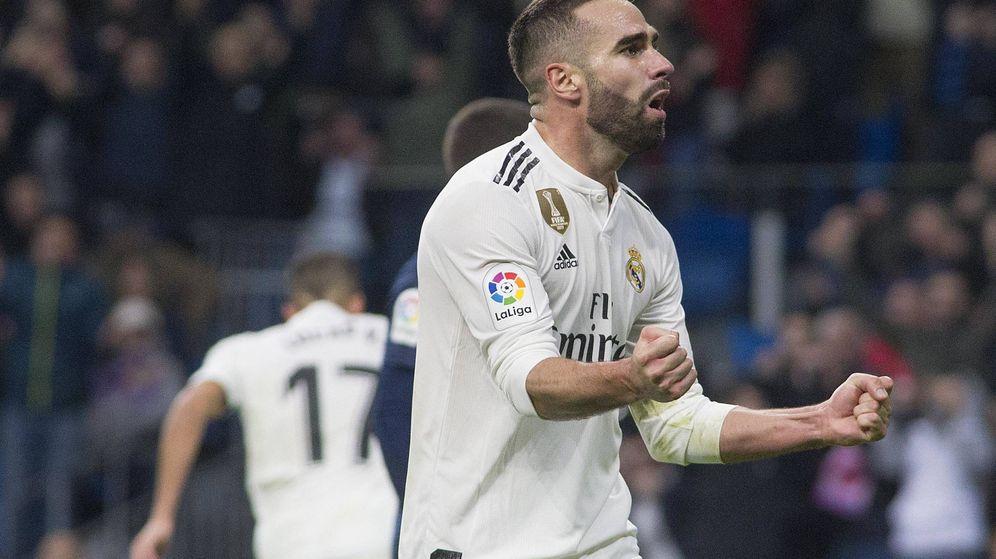 Foto: Dani Carvajal celebra el primer gol del Real Madrid ante el Valencia. (Miguel Berrocal)