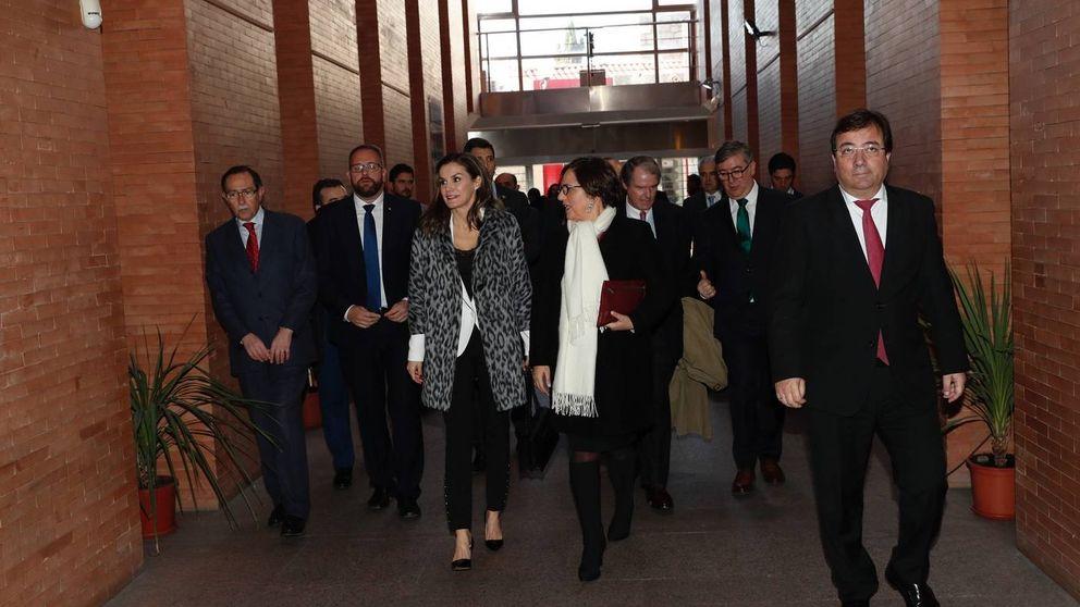 El abrigo más 'salvaje' de la reina Letizia del que todos hablan