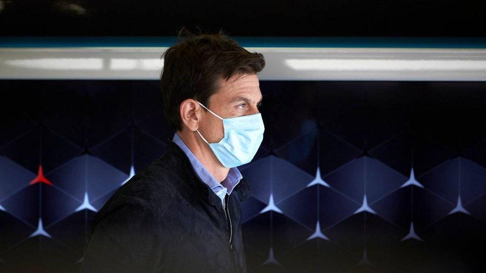 Vuelve la F1 con mascarillas, pero Carlos Sainz aún no podrá tocar su monoplaza