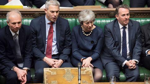 'Brexiters' suicidas: hasta 20 'tories' tratarán de derrocar a May si hay prórroga del Brexit