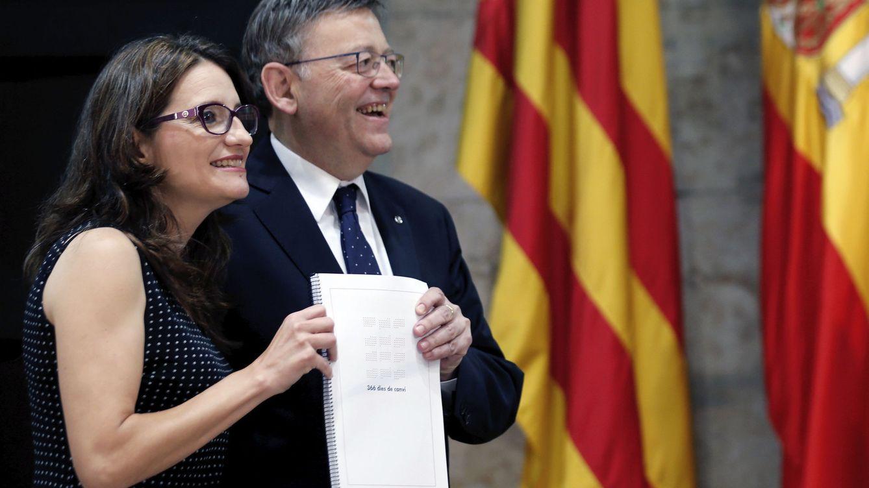 Foto: Oltra y Puig, en la comparecencia conjunta de hoy en la que han hecho balance de un año de Gobierno. (EFE)