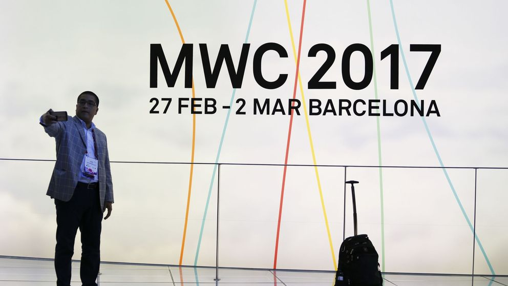 Las mejores novedades del MWC 2017: 'smartphones' del futuro (y del pasado)