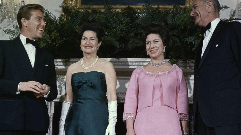 The Crown - El viaje de la princesa Margarita a EEUU y su baile con Johnson
