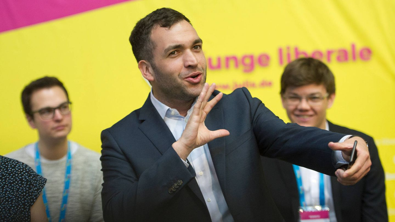 Konstantin Kuhle, diputado de FDP, en un acto de 2017. (Getty)