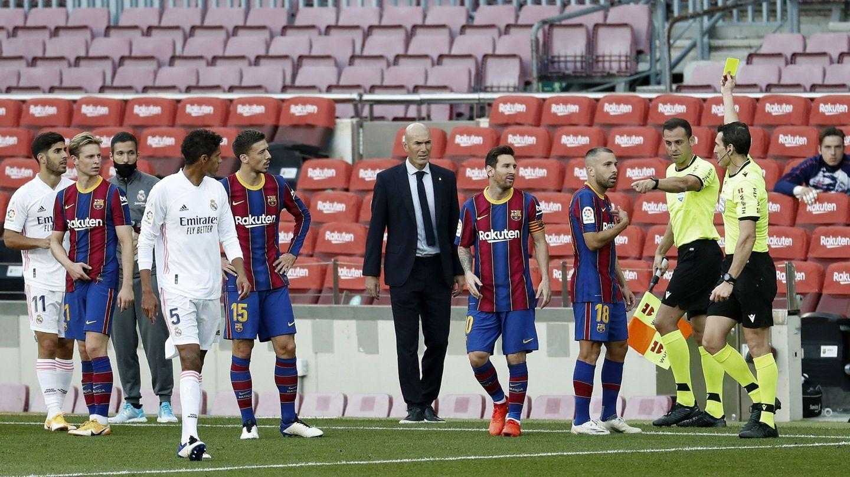 Barça y Real Madrid disputaron el primer Clásico de la temporada a las 16:15. (EFE)