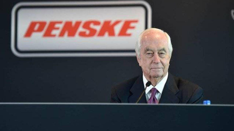 Roger Penske ha revolucionado el automovilismo americano con la compra de las 500 Millas, la pista en el campeonato Indycar