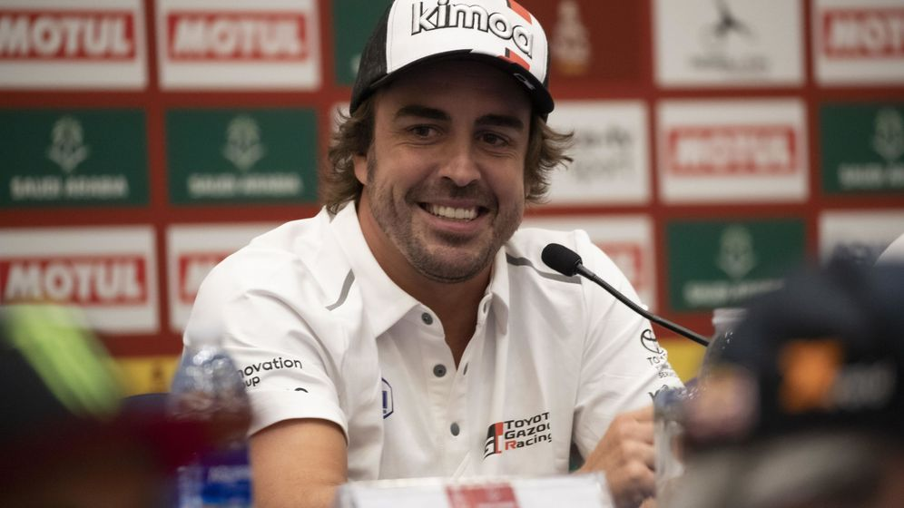 Foto: Fernando Alonso, durante la conferencia de prensa del Dakar. (Reuters)