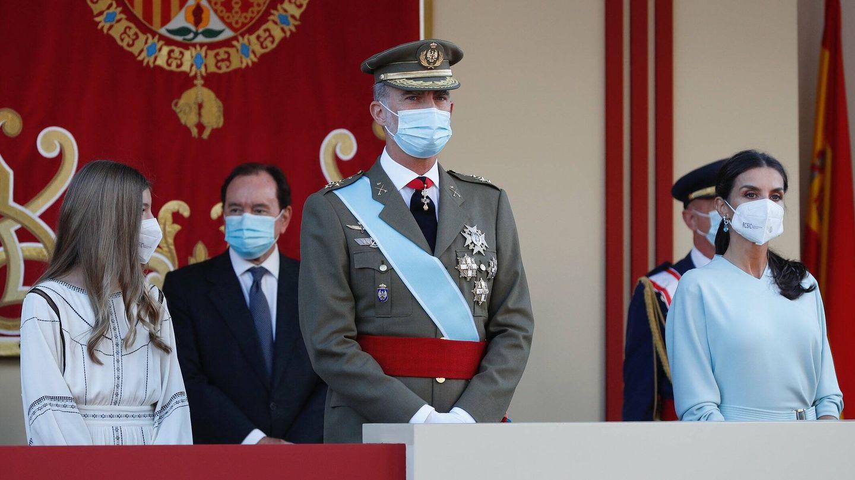 La familia real, sin Leonor, en la tribuna. (Casa de S. M. el Rey)