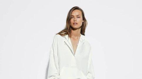 Presume de bronceado desde ya con esta falda blanca de Massimo Dutti