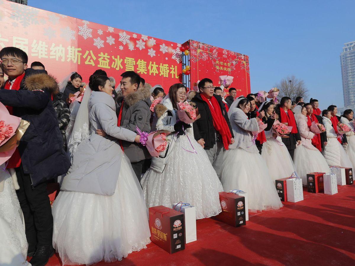 Foto: Bodas colectivas en China en enero de 2020. (EFE)