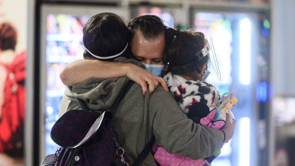 Los viajeros internacionales que lleguen a España hoy ya deberán guardar cuarentena