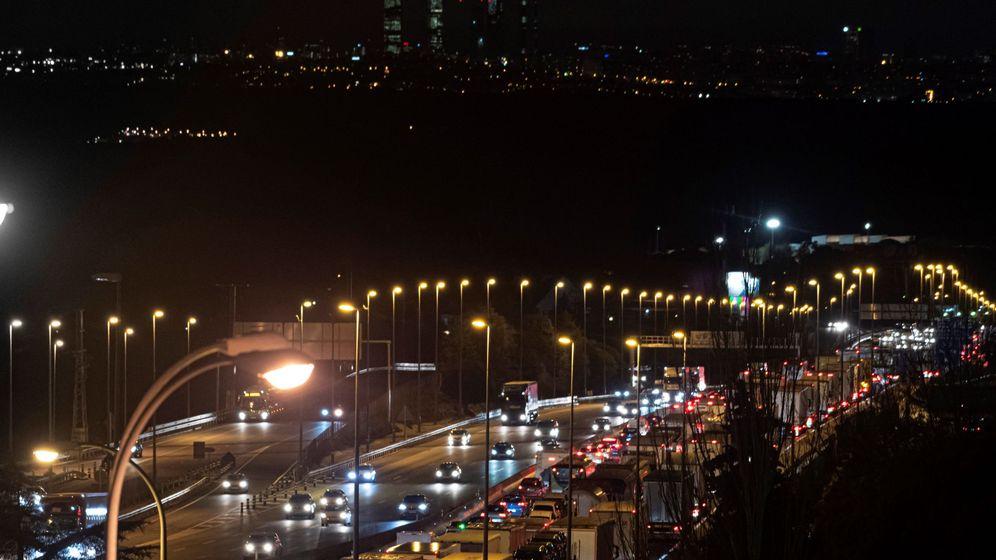Foto: Foto de archivo de tráfico en la Comunidad de Madrid. (EFE)