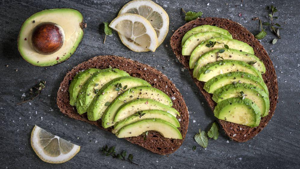 Foto: El aguacate con el pan integral es un combinación perfecta para perder barriga. (iStock)
