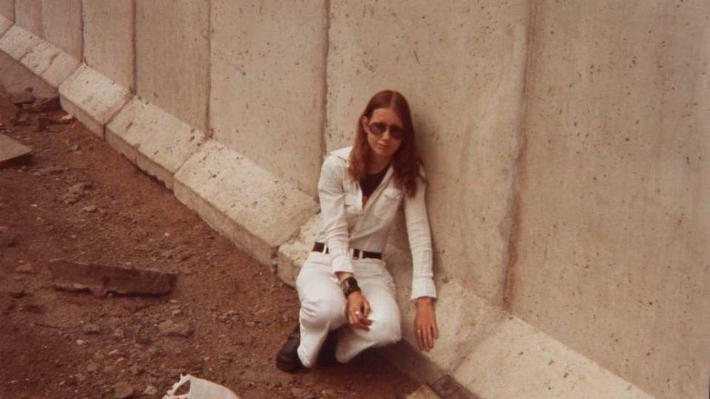 Foto: Captura de pantalla del documental 'Frau Berliner Mauer' de la artista Julie Herskovits. (2012)