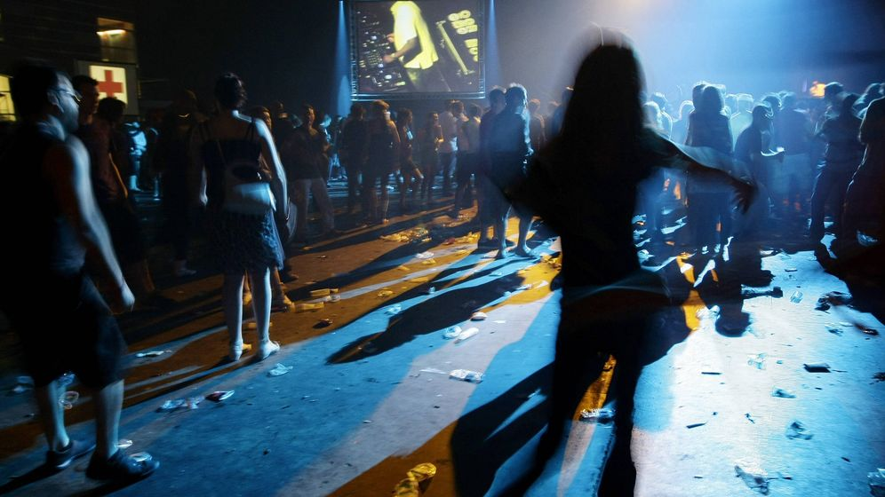 Foto: Asistentes a un festival de música electrónica. (Reuters)
