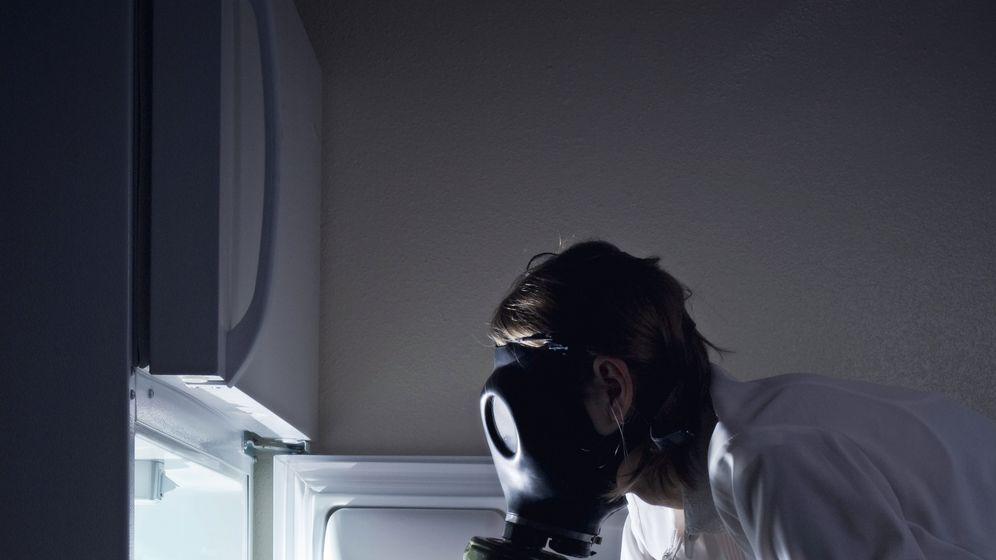 Foto: Si llevas mucho tiempo sin limpiar la nevera esta puede dar mucho asco. (iStock)