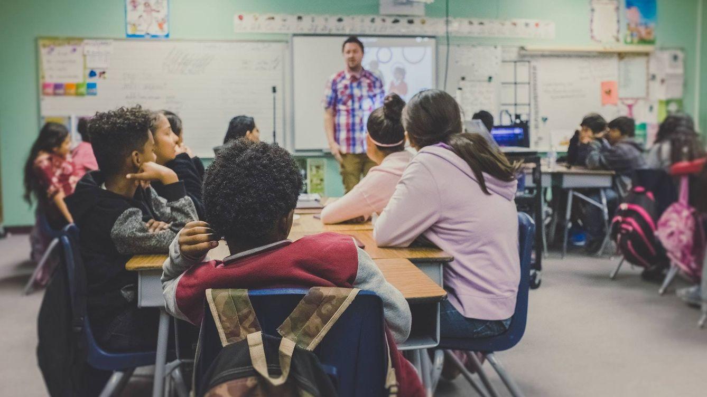 """Deberes machistas en una escuela de Texas: """"Tendrás mejor nota si eres digna"""""""