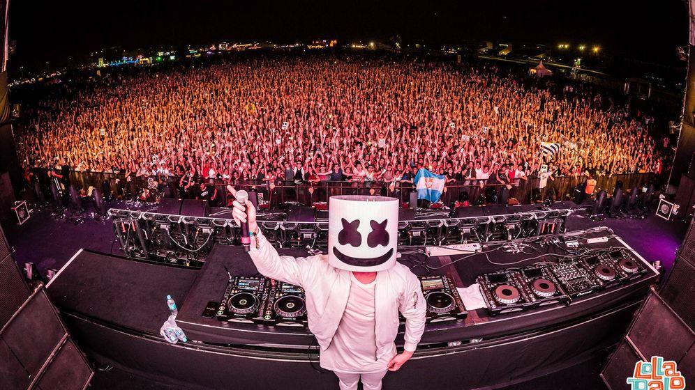 Foto: Marshmello en una actuación en el Lollapalooza Argentina (Facebook Marshmello)