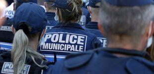 Post de Un hombre armado toma como rehenes a varias personas en un banco de Francia