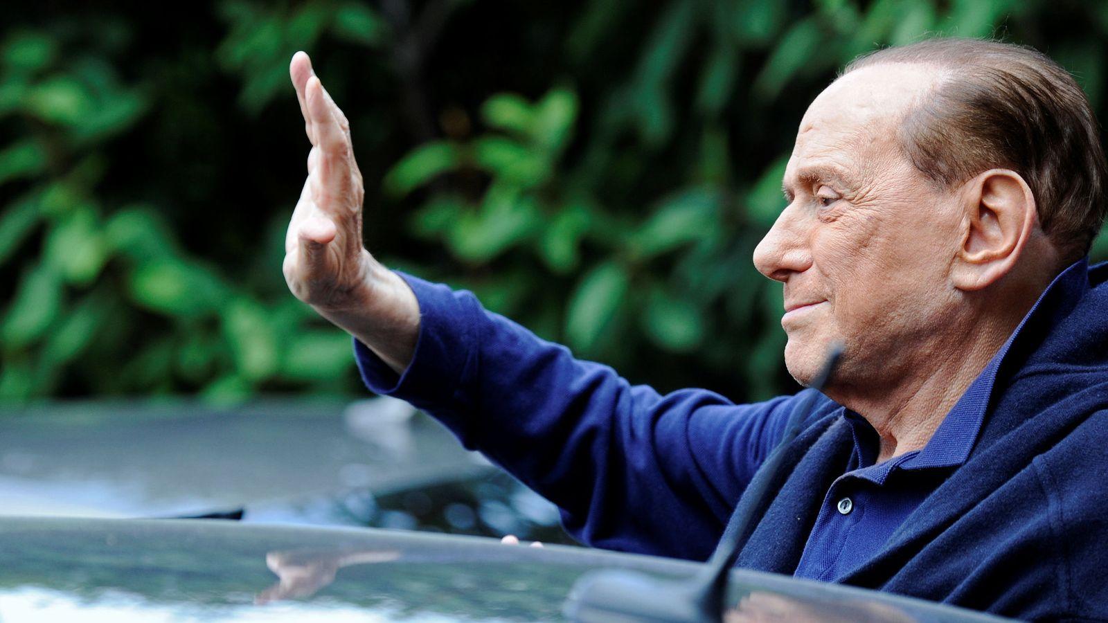 Foto: Silvio Berlusconi se despide del Milan (Reuters)