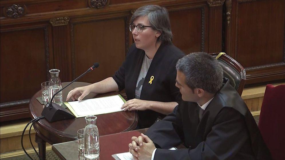Foto: Imagen tomada de la señal institucional del Tribunal Supremo con la declaración de Mireia Boya, exdiputada de la CUP. (EFE)