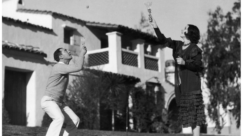 Conchita Montenegro y Buster Keaton compartieron protagonismo en la película 'De frente, marchen'. (Getty)