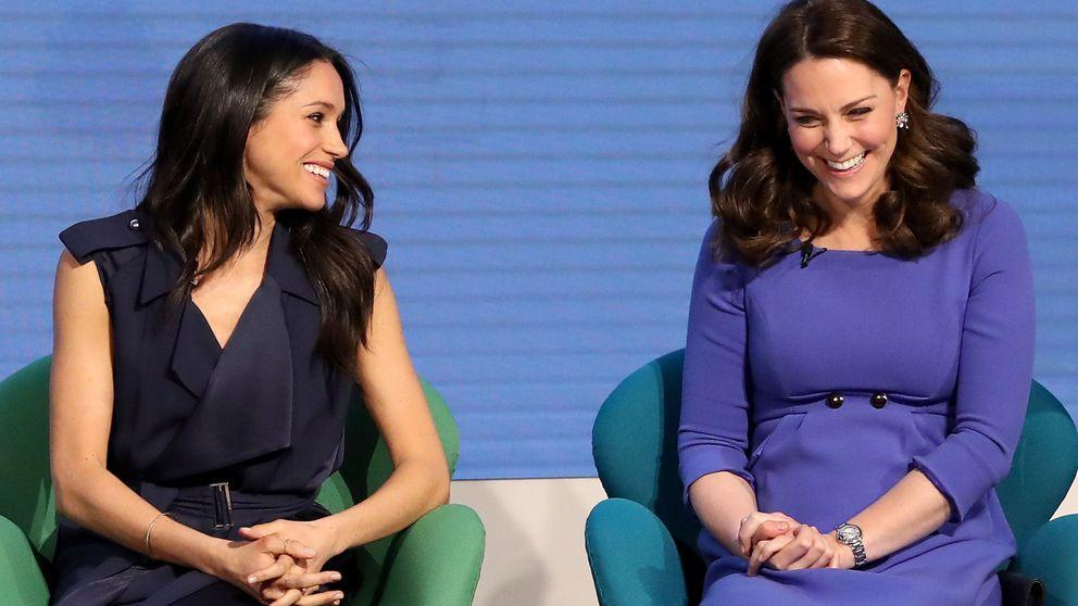 Los detalles de los looks de Kate y Meghan Markle en su acto conjunto